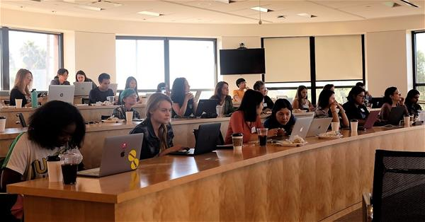 Developers in the #CRE industry: What project are you most excited to be working on right now?   Take a peek at what @WomenWhoCode programmers tackled at a workshop in our San Diego office: https://t.co/ilJdQHgjpX #TechnologyDay https://t.co/DBntok5LWd