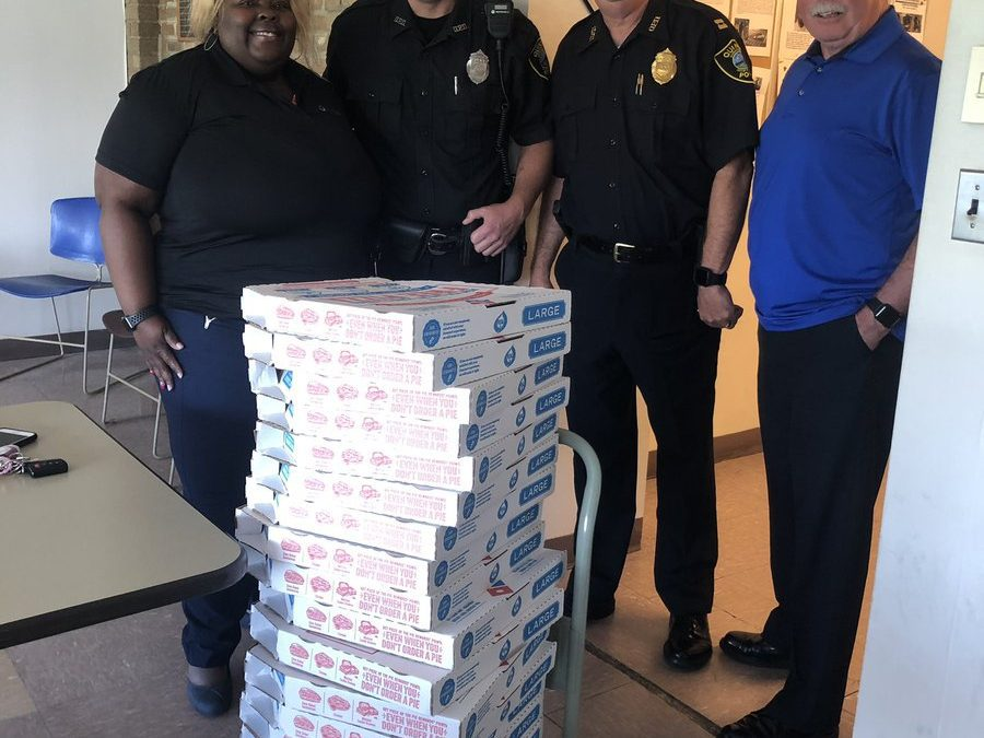 Thank you @BridgewaterCU for bringing us #Dominos for lunch today! We truly appreciate the support today and every day! ⬇️⬇️⬇️⬇️😳😋 https://t.co/bcfyBJz5BF