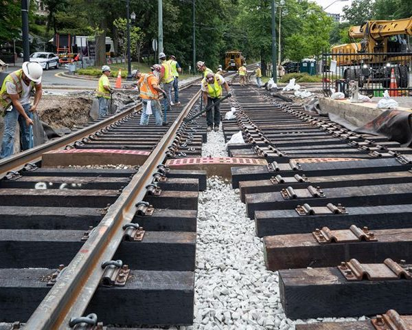 The #MBTA reminds customers that weekend #OrangeLine service between Sullivan Square and Tufts…
